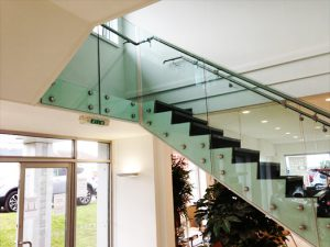 SHS Products - Glass Button Balustrade Railing Stainless Steel