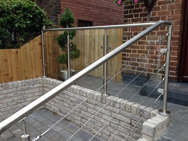 SHS Products - Stainless Steel Care - Professional Wire Rope Combination Balustrade