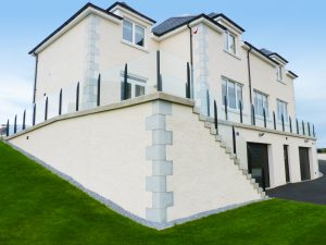 SHS Products - Infinity glass balustrade on pation