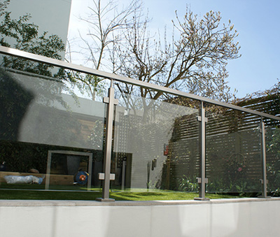 All You Need To Know About The Square Tube Glass Balustrade