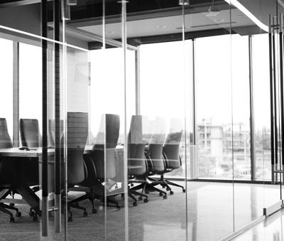 Creating the Perfect Glass Office Space