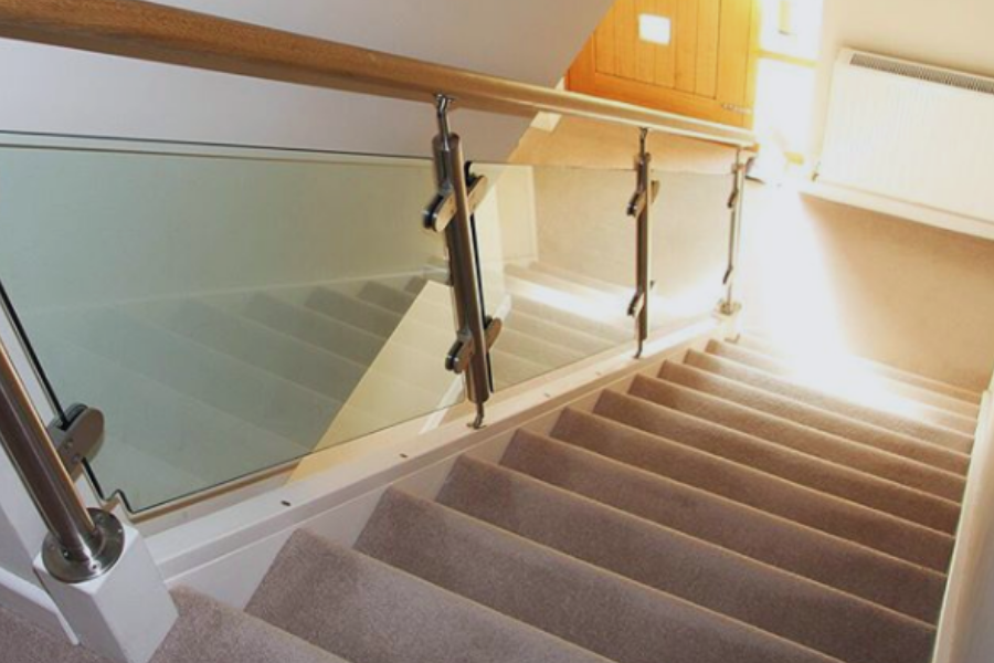 Rejuvenate your staircase with glass balustrades